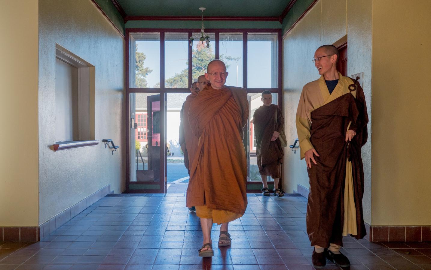 Ajahn Amaro visits Sudhana Center